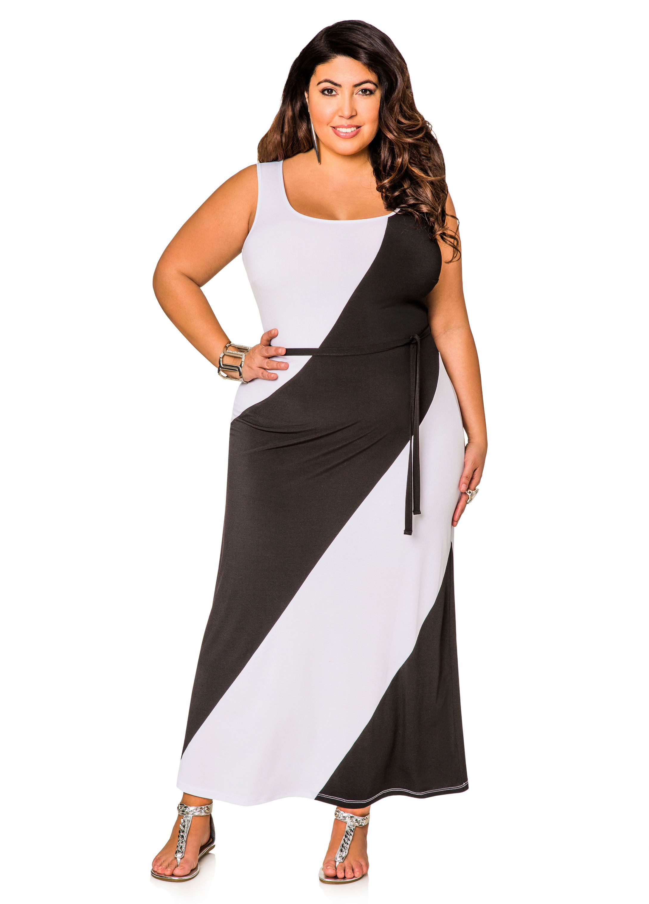 Slenderizing plus size dresses