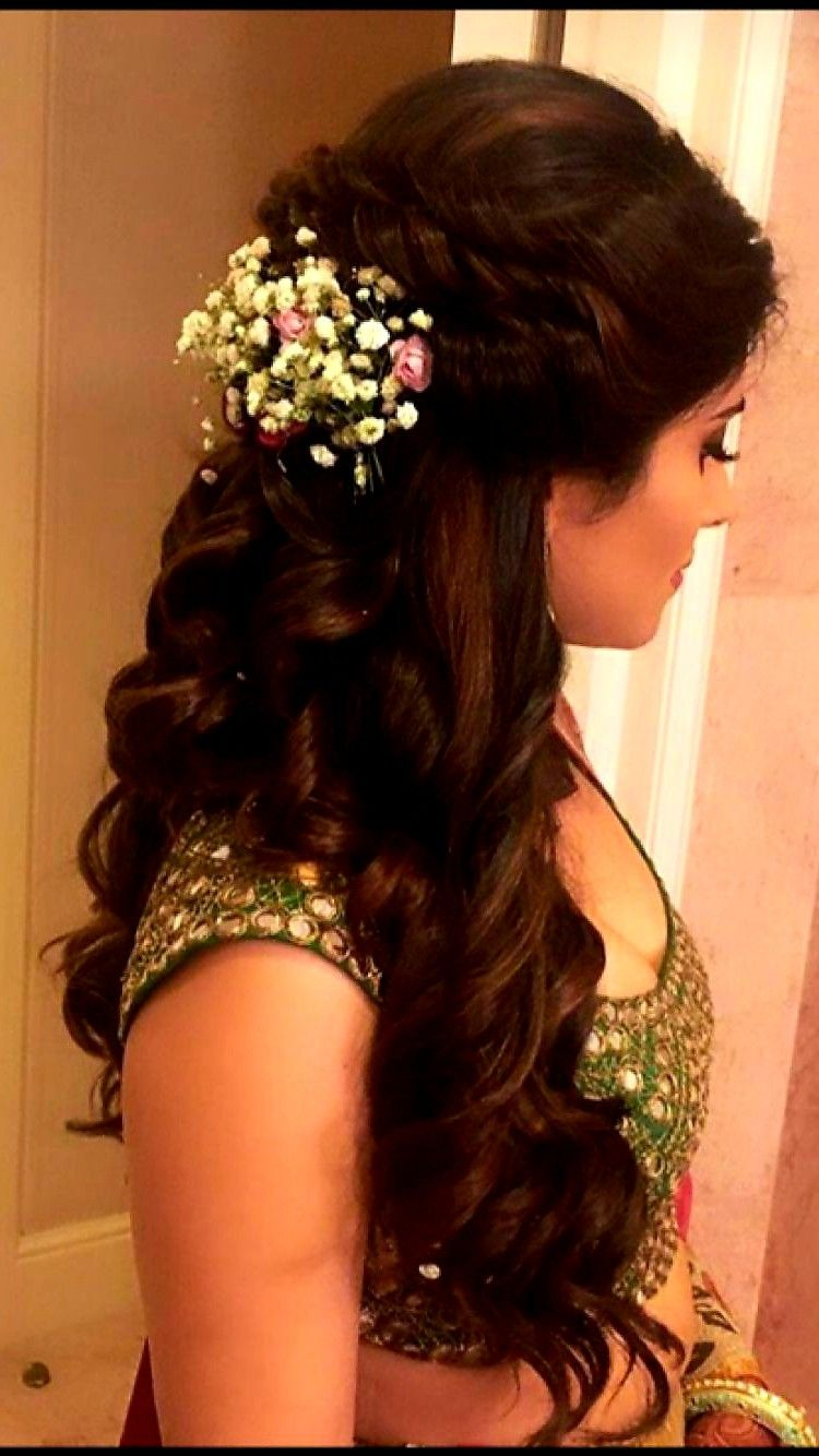 Pin By Vijayasree On Hair Curls Indian Wedding Hairstyles Indian Hairstyles Wedding Reception Hairstyles