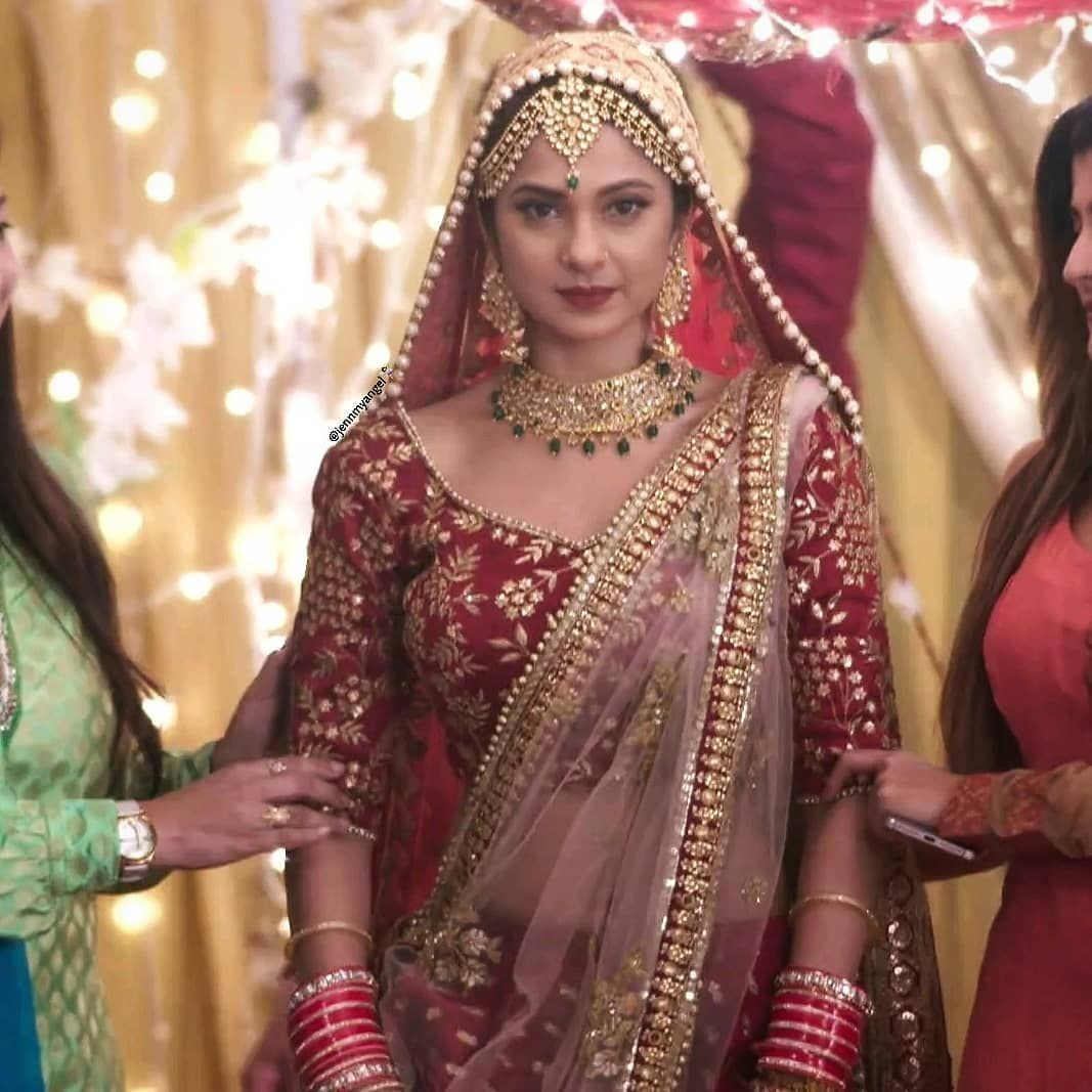 67 Likes 0 Comments Tanshi X Adiya Emiicandy On Instagram Appreciating The Beauty Of Thi Indian Prom Dresses Indian Fashion Dresses Indian Bridal Dress