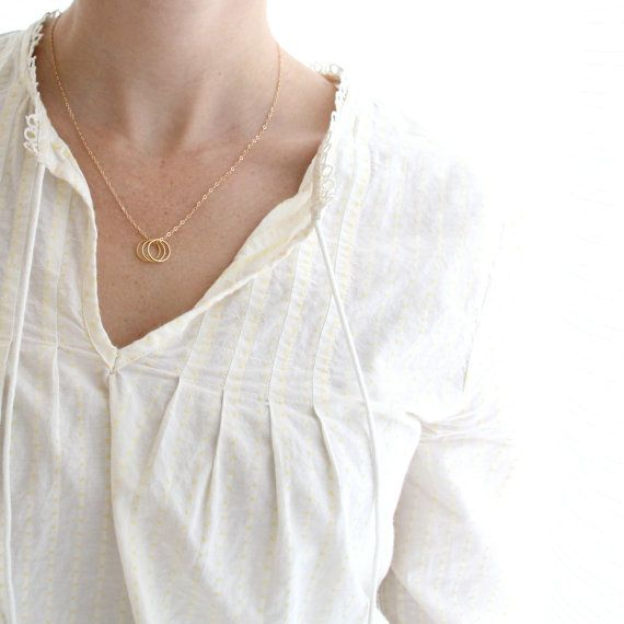 T R I N E: Three Rings Necklace. Sister Necklace. by DearMushka