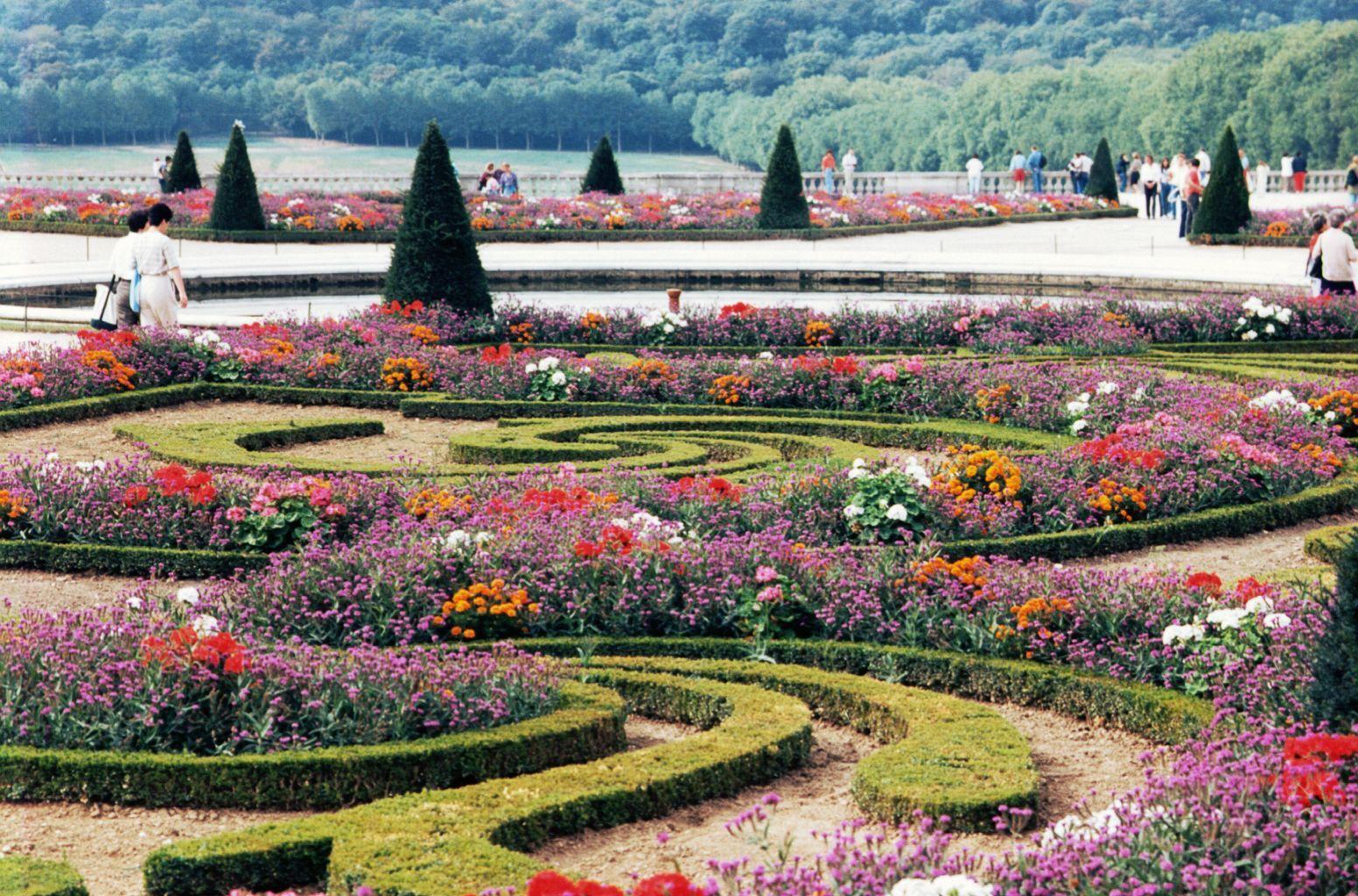 Taman Ini Didesain Oleh Arsiter Terkenal Perancis Andre Le Notre
