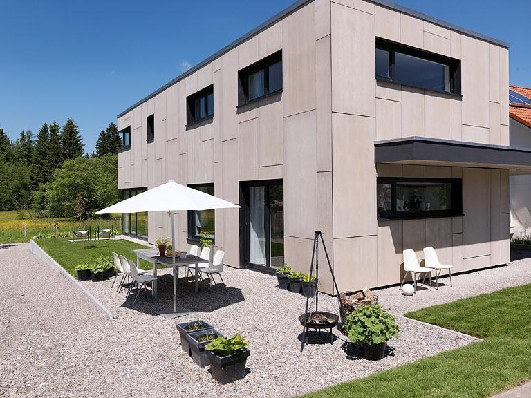 Haus Des Jahres 2010 3 Platz Einfamilienhaus Mit Mini Budget Haus Bauen Hauswand Schoner Wohnen