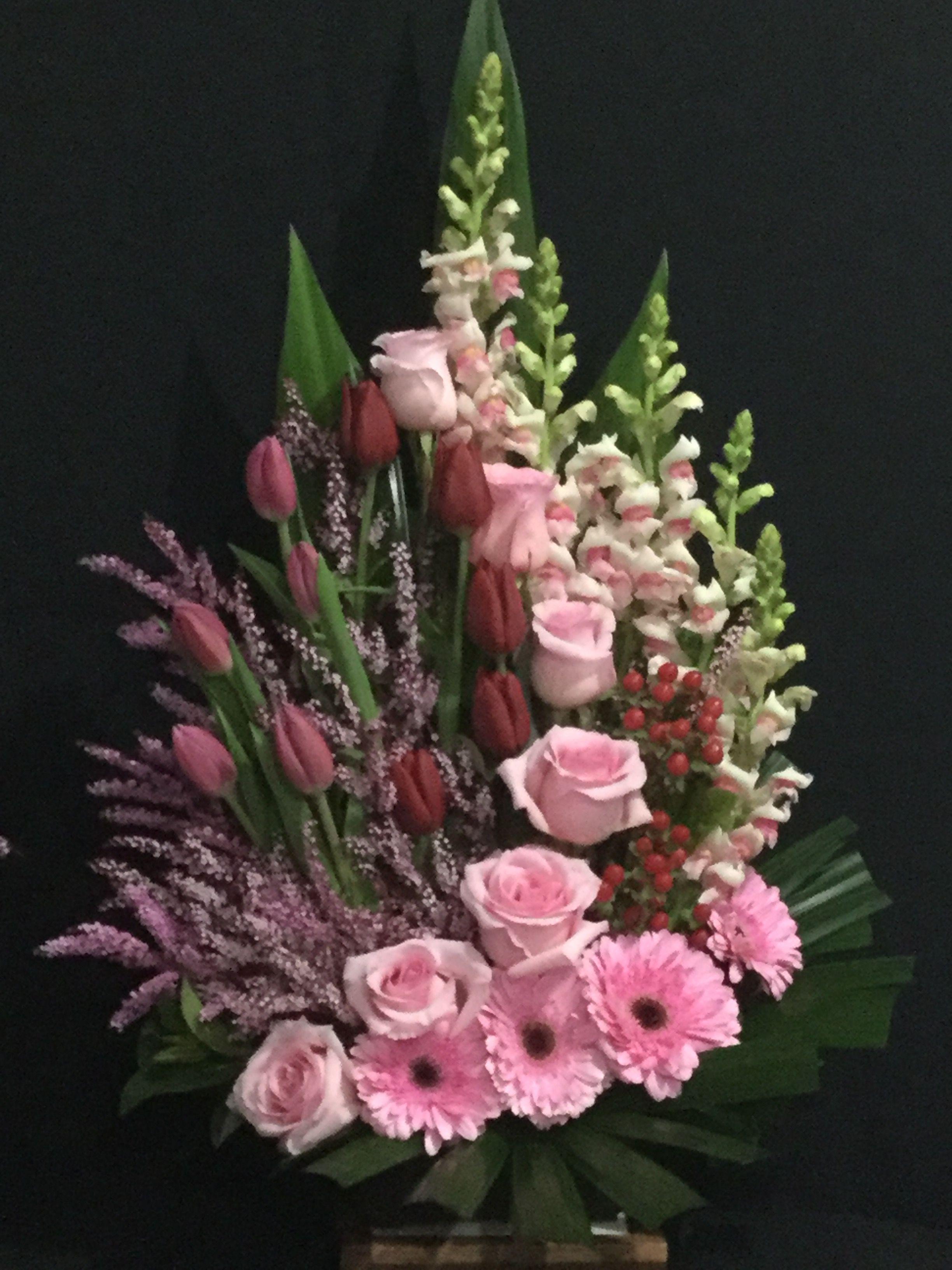 X O N E A X O Flower Arrangements Pinterest Flower