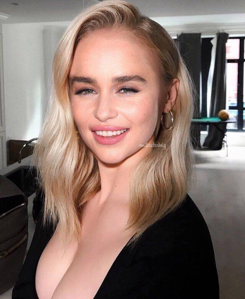 """Emilia Clarke ♡ on Instagram: """"i edited emilia's face on ..."""
