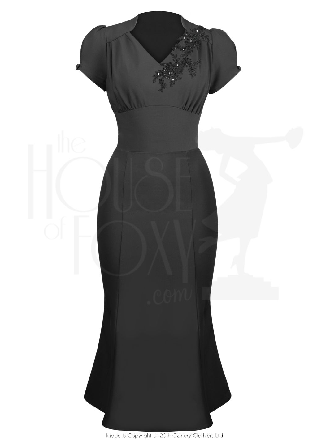 1940s Victory Evening Dress In Black Applique Evening Dresses Vintage 1940s Fashion Dresses Retro Fashion Outfits [ 1446 x 1024 Pixel ]