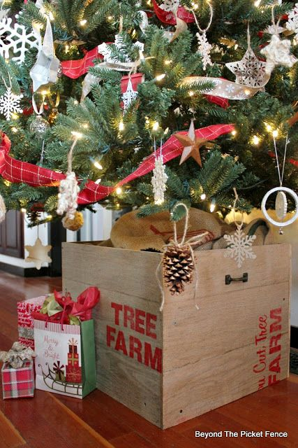 How To Build A Pallet Christmas Tree Stand Https Goo Gl