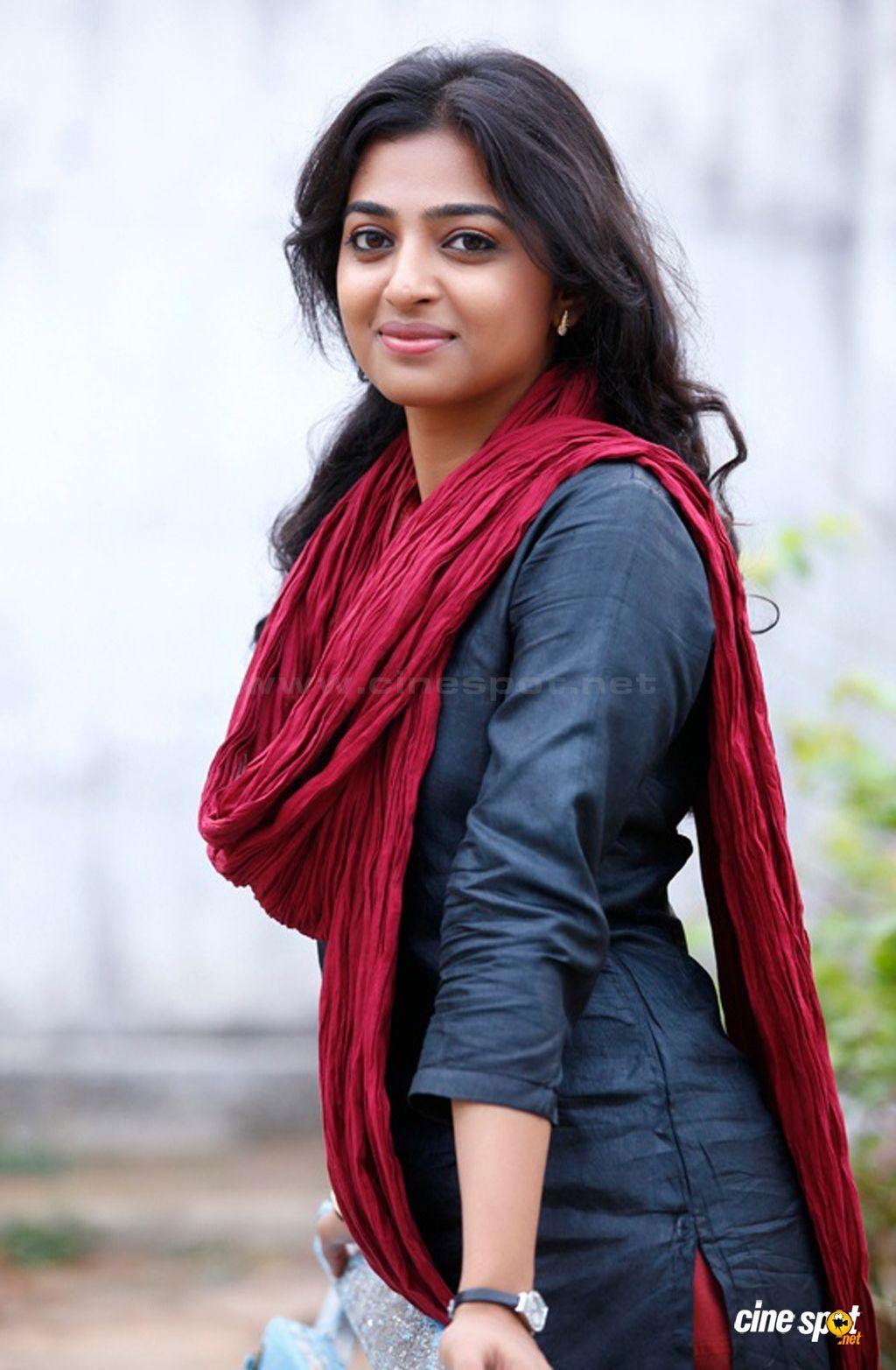 radhika apte twitter