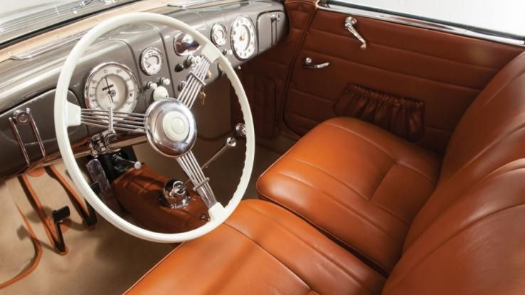 On The Same Day As Crowds From All Over Europe Will Flock To See Barn Find Cars Baillon Collection Offered At Artcurials Retromobile Sale