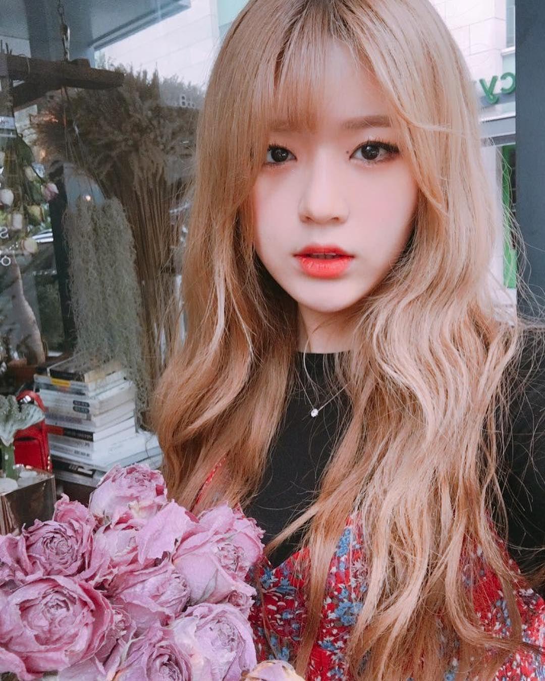 blonde-korea-japan