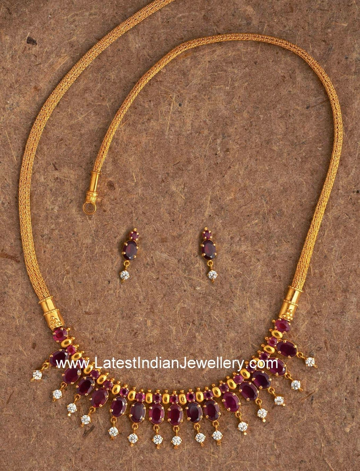 Simple Designer Ruby Gold Necklace