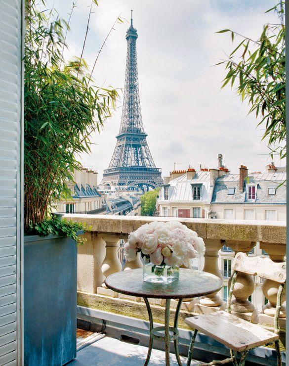 Inside The Most Elegant Ladylike Apartment Balconiesparis Apartmentshotels