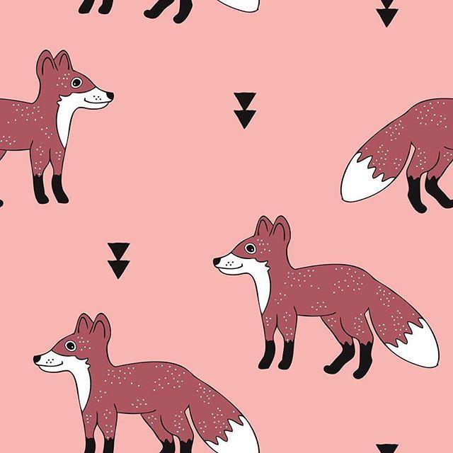 #fox#foxes #fall #fashion #kidsfashion #babyfashion #nursery #print #illustration #pattern #patterndesign #surfacepattern #surfacepatterndesign #illustration #stoff #woodland #autumn #littlesmilemakers #spoonflower