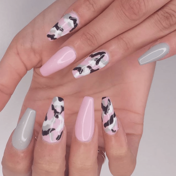 31 Camouflage Nail Designs > CherryCherryBeauty.com > glossynails /  Instagram - 31 Camouflage Nail Designs Nails Pinterest Nail Designs, Nails