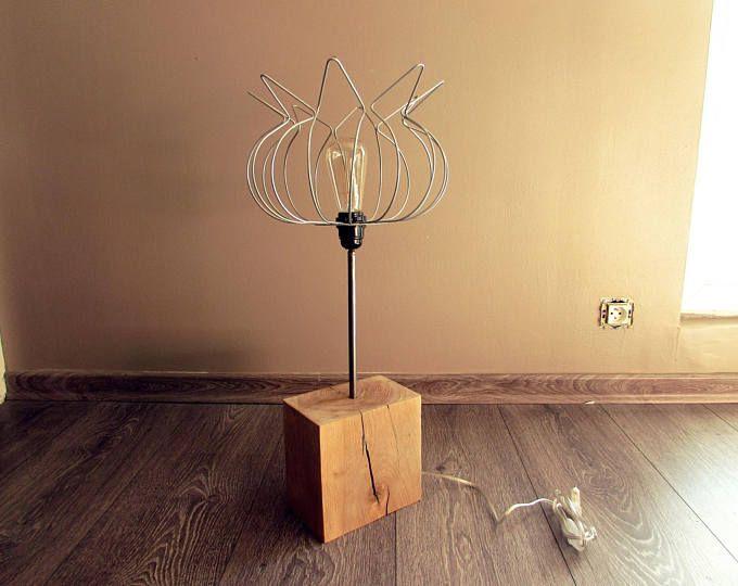 Lampe pied en chêne massif abat jour en fil en acier effet fleur ou ...