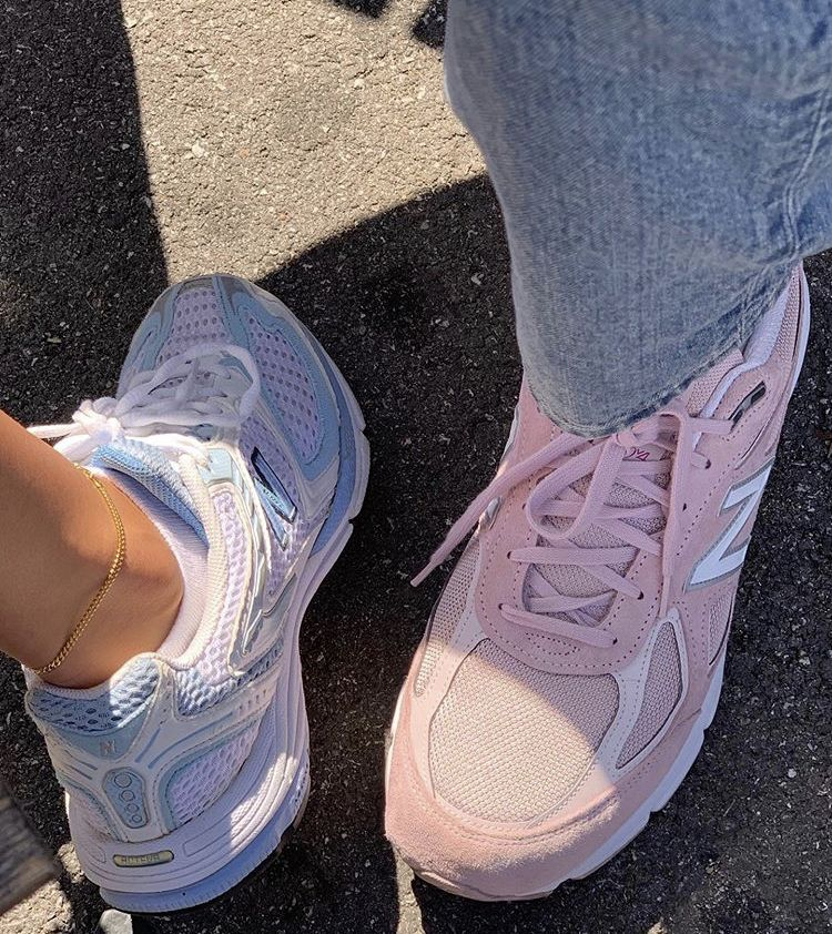 pinterest ❀ layneplanner   Nike shoes outfits, Beige shoes