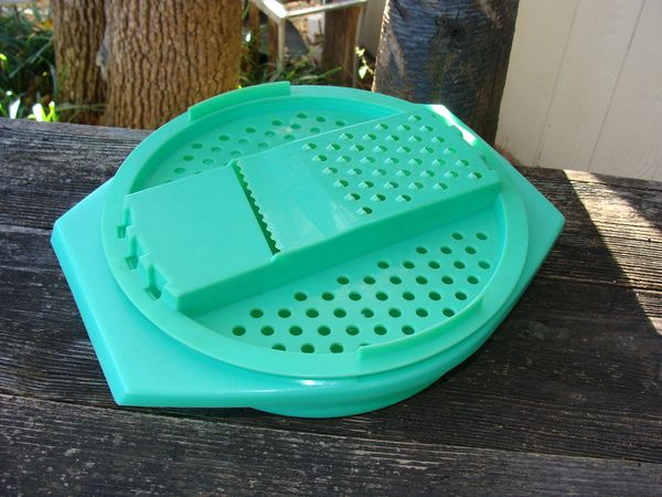 Vintage Tupperware Lettuce And Cheese Grater Bowl Vintage Tupperware Tupperware Cheese Grater