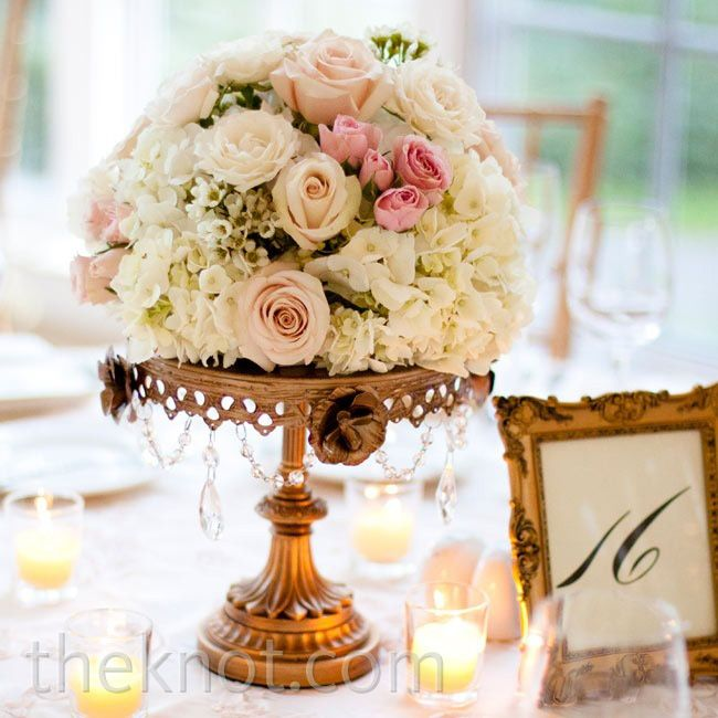 Blush pink and gold wedding tables rose