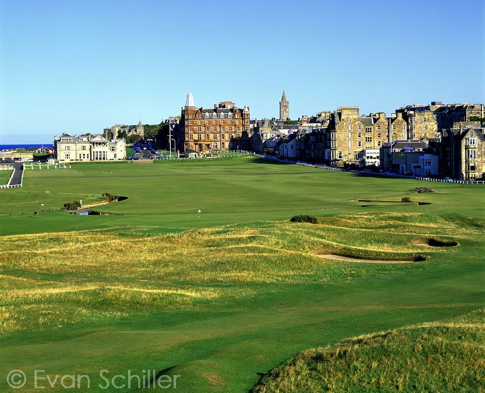 1st And 18th Holes The Old Course At St Andrews Links Golf Photography Golf Courses Golf