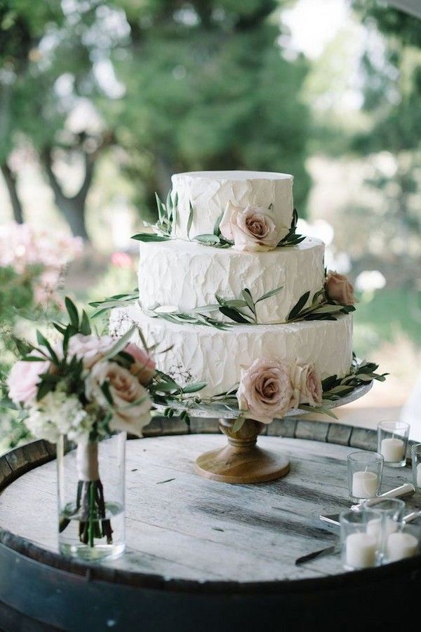 20 Neutral Greenery Buttercream Wedding Cake Ideas