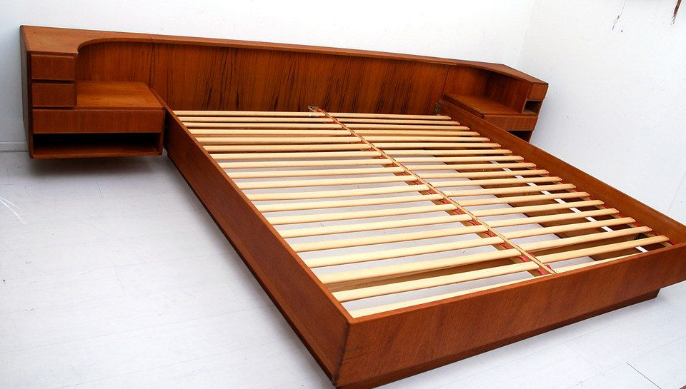 Mid Century Danish Modern Teak Bed With Floating Nightstands Komfort 2 200 00 Via Etsy Mid Century Modern Platform Beds Modern Platform Bed Danish Modern