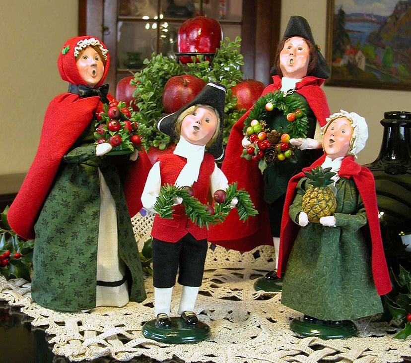 Vintage 1987 Buyers Choice Carolers Boy Girl Christmas: Williamsburg Family/Byer's Choice