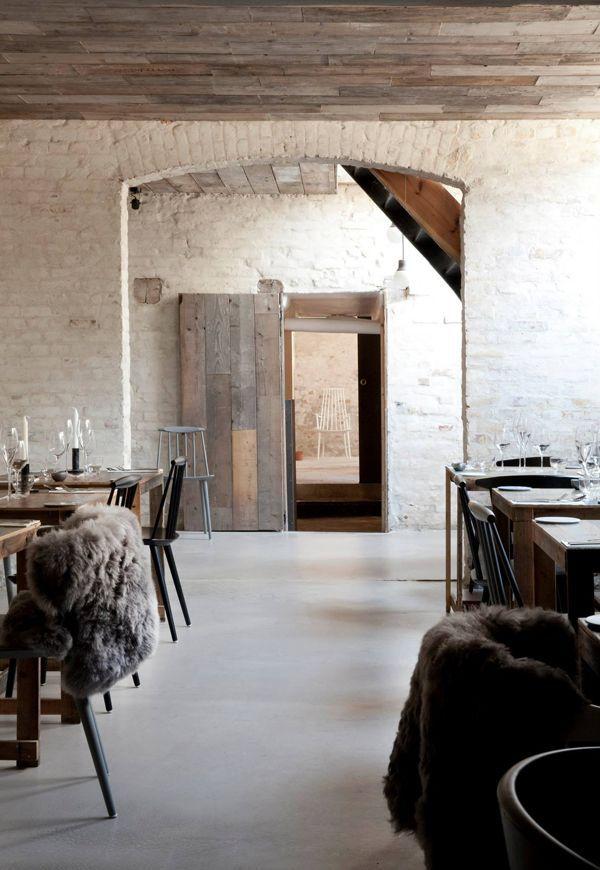 Ravintola Kööpenhaminassa http://kinteriorsblog.wordpress.com/