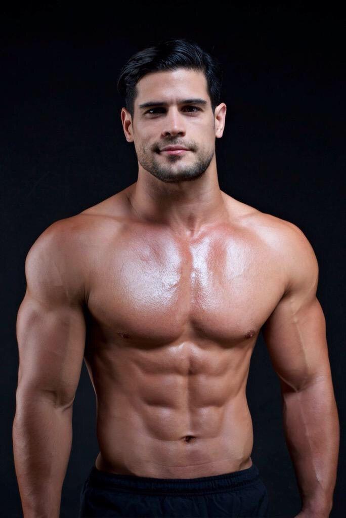 картинка мускулистый парень стерлитамакскую воспитательную