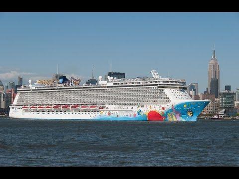 Awesome Norwegian Breakaway Pelen Max Cruise Ship At Manhattan - Norwegian breakaway cruise ship