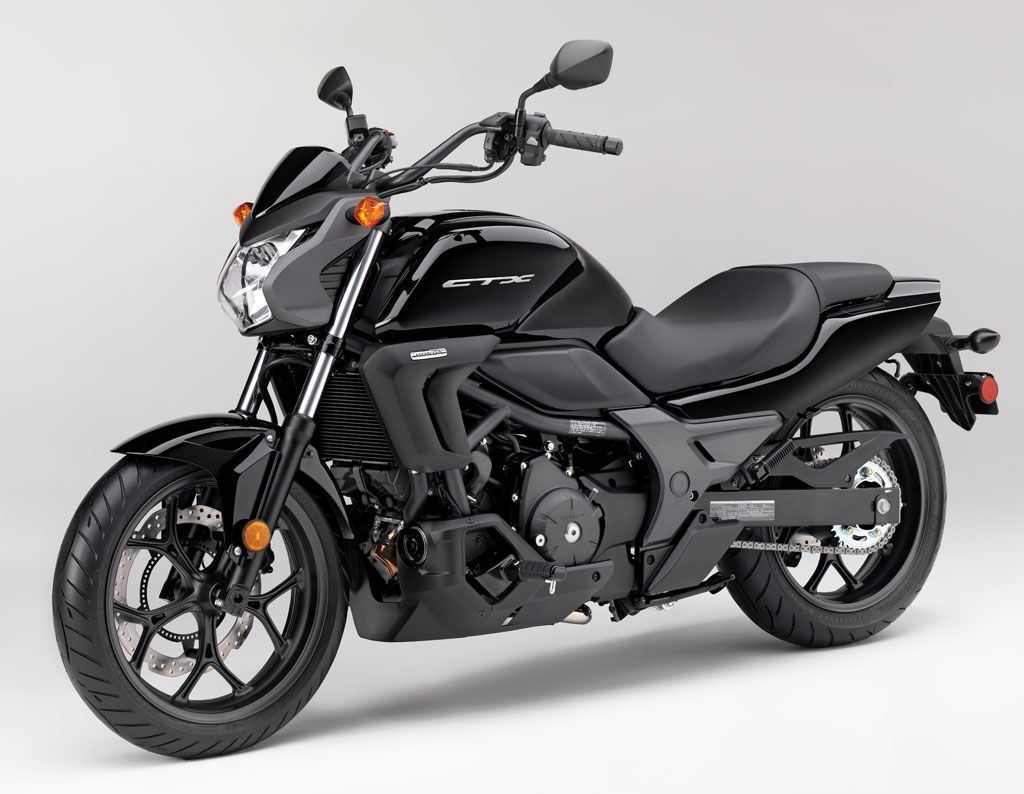 2014 honda ctx700 and ctx700n revealed the first in a new series focused on comfort