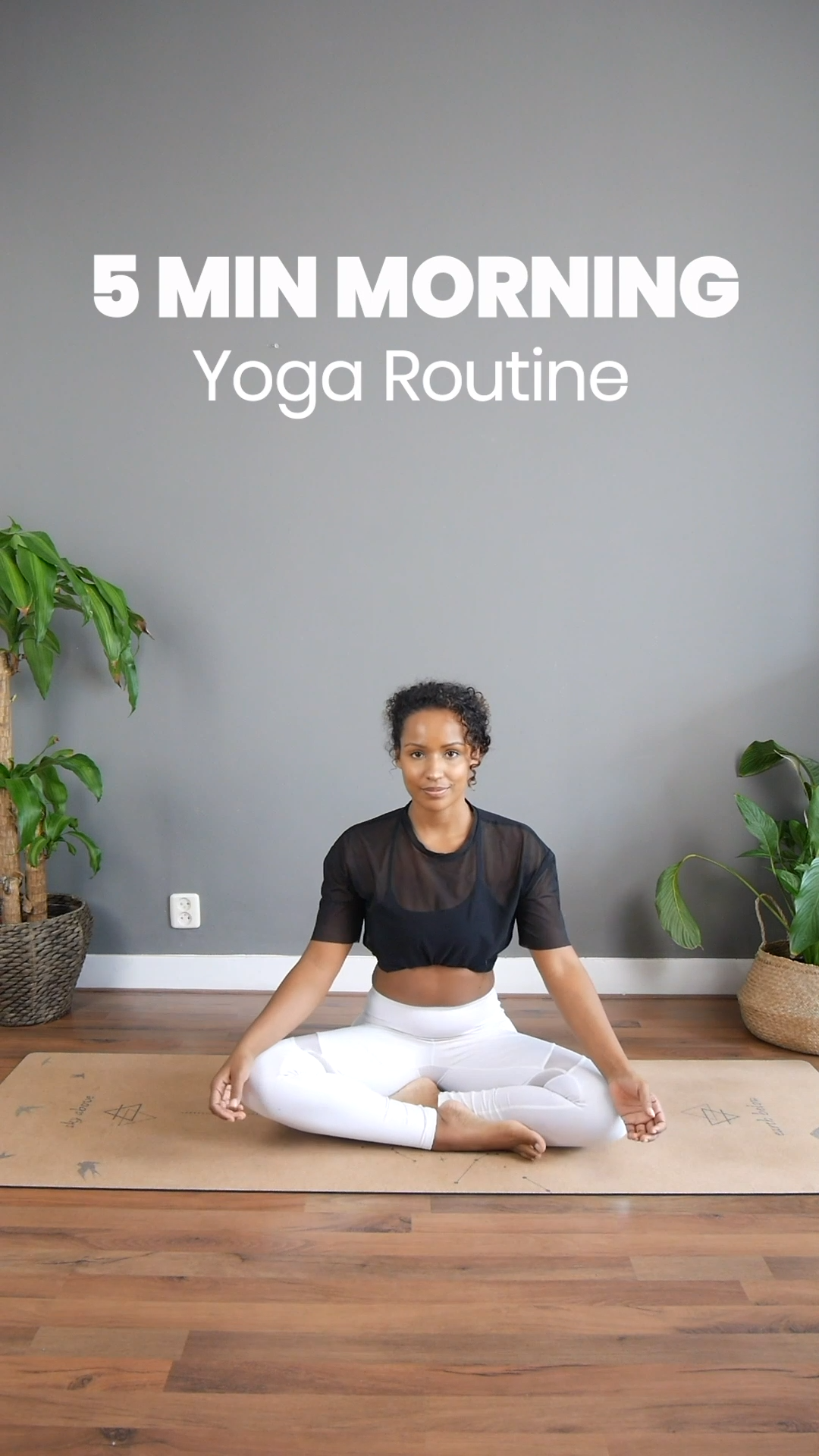 5 MIN MORNING YOGA ROUTINE ⠀ There is no better way to start your day, then with a #yogaflow to stretch and wake up your body!   Do this easy 5 min routine, when you don't have a lot of time, but still want to move my body! ⠀ What's your morning routine like?  ⠀ For more yoga Flows check out our playbook app! Start your practice with us   #Yoga#YogaFacts#forsleep#foranxiety#forhealing#forbeginners#spirituality#midfulness#morning#innerpeace#videos#visualization#relaxation#affirmations#motivation#
