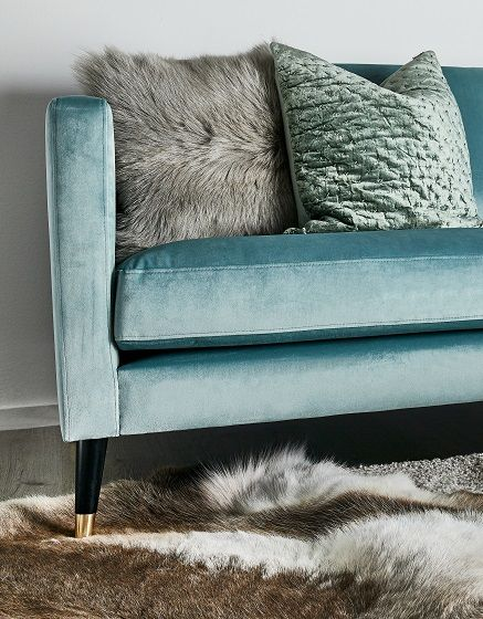 Lammfell-Kissen Cozy Pony and Pillows - gemütliches sofa wohnzimmer