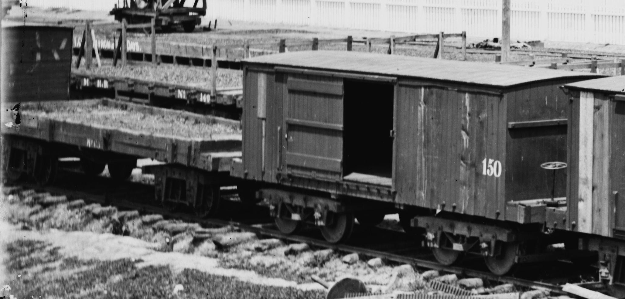 Typical Flat Car And House Car Civil War Model Railroad Ho Scale Train Layout