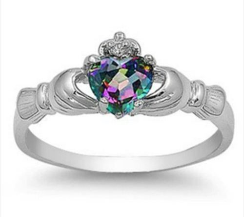 Sterling Silver 0.765ct Heart-cut Emerald-Ice CZ Dublin Claddagh Ring