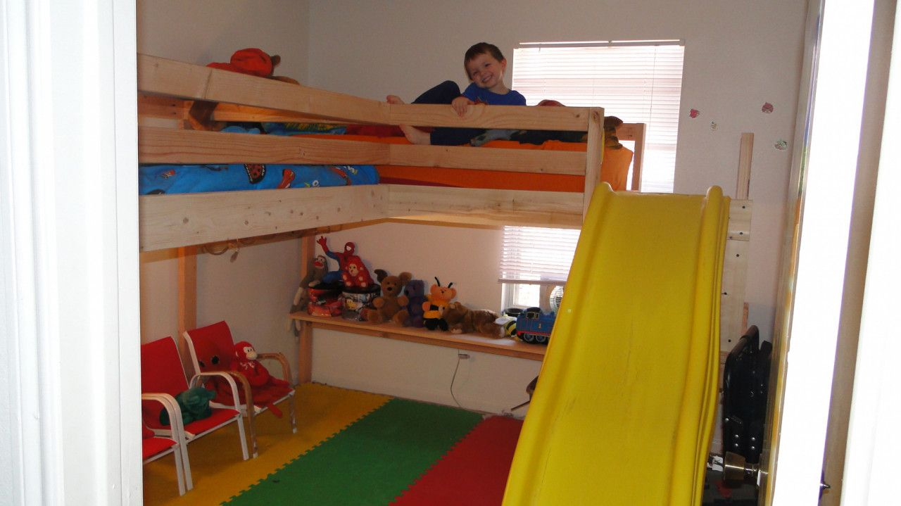 Loft bed ideas diy   Camp Style Bunk Beds  Bedroom Decorating Ideas On A Budget