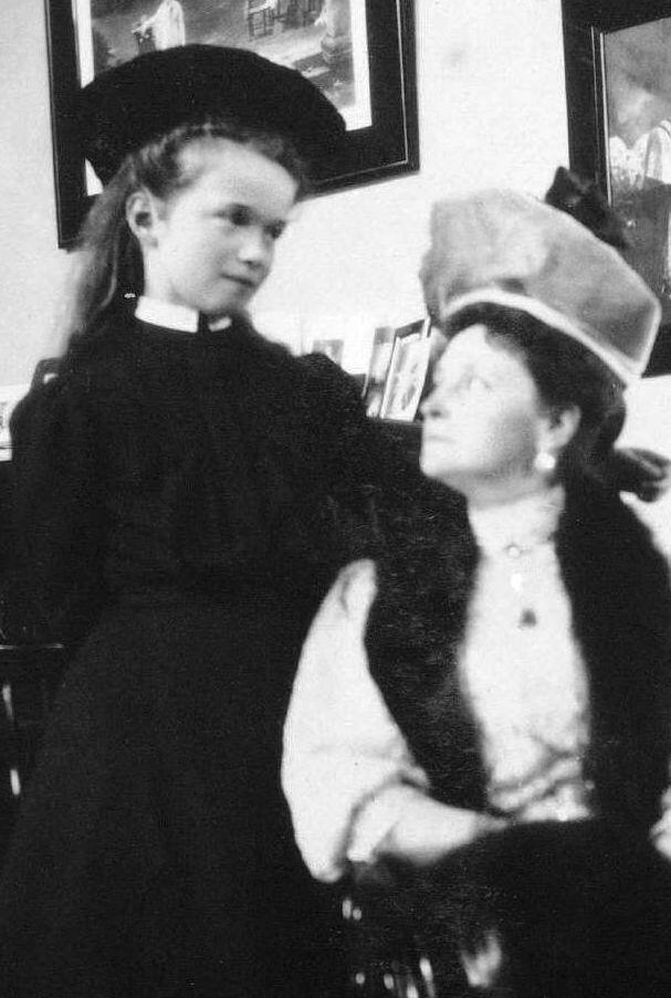 Tsarskoe Selo, 1908. - Anastasia http://www.barnesandnoble.com/w/as-darkness-descends-mr-ross-a-lloyd/1123143879?ean=9781522733331