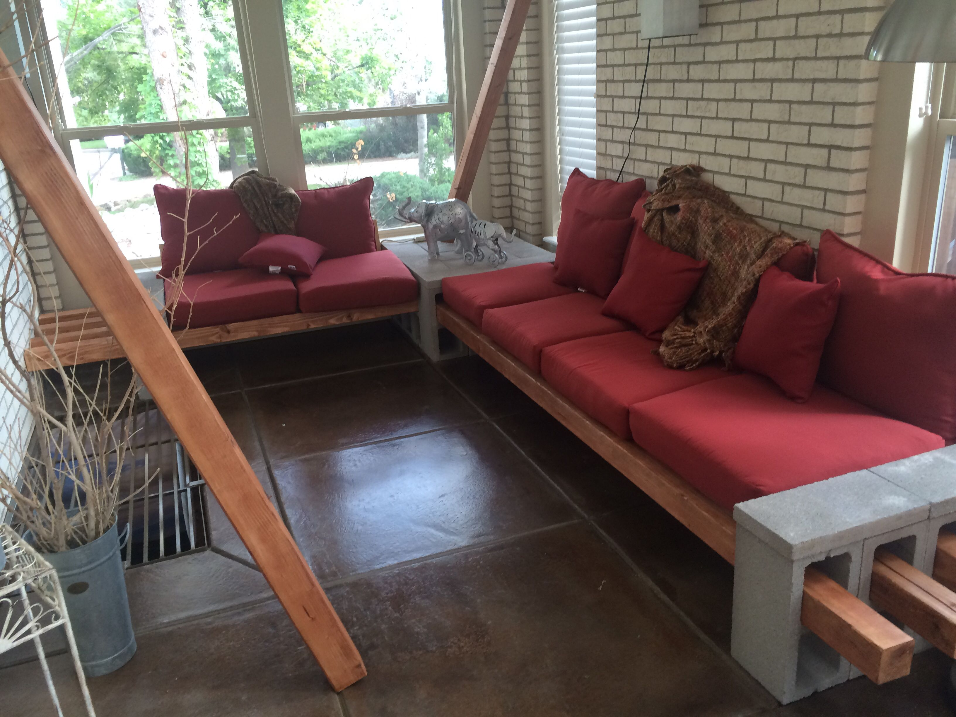 diy concrete block and wood corner couch couch in 2019 corner rh pinterest com