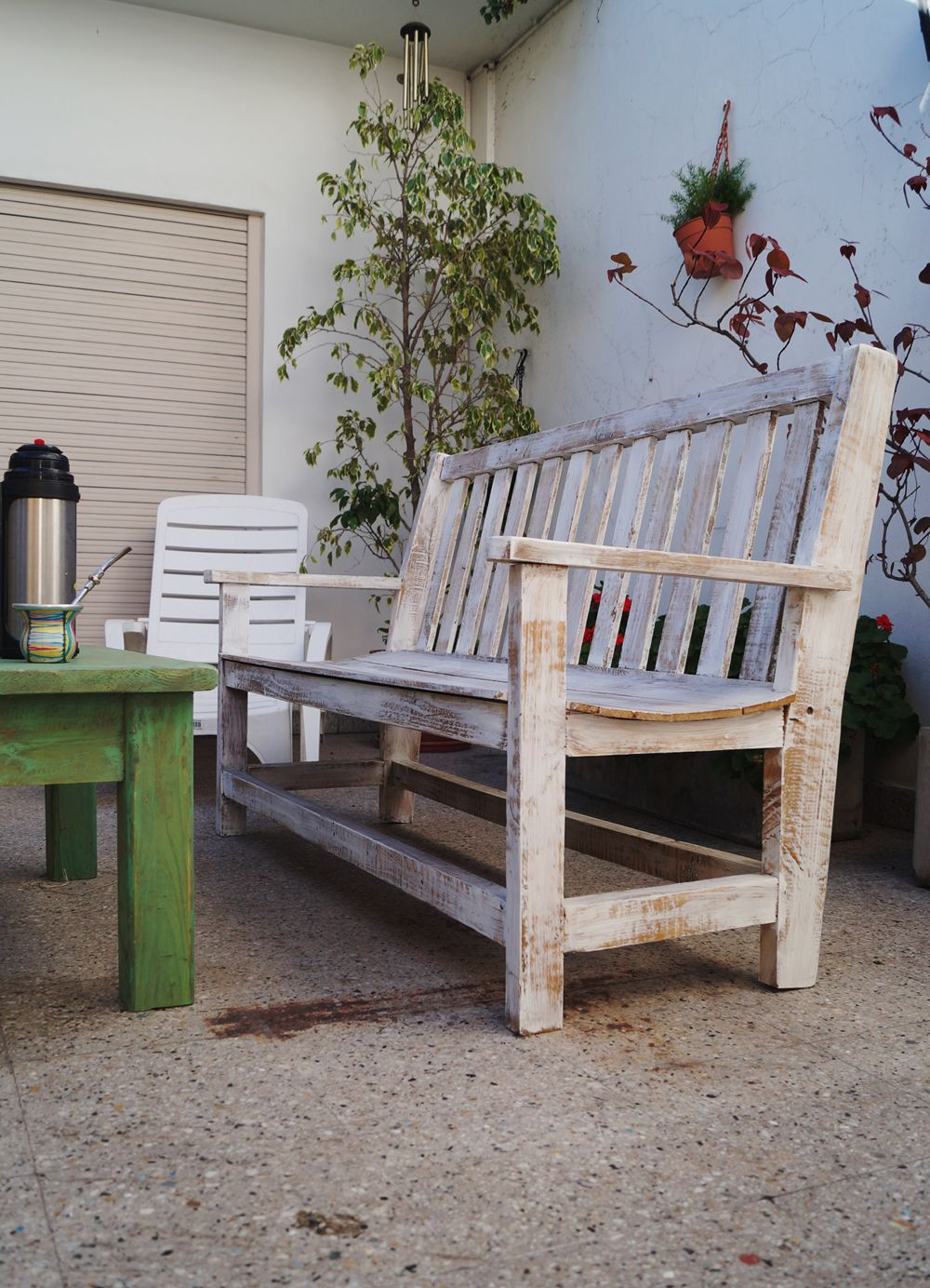 Banquetas Y Mesa Ratona Para Exterior | Pinterest | Antigua madera ...