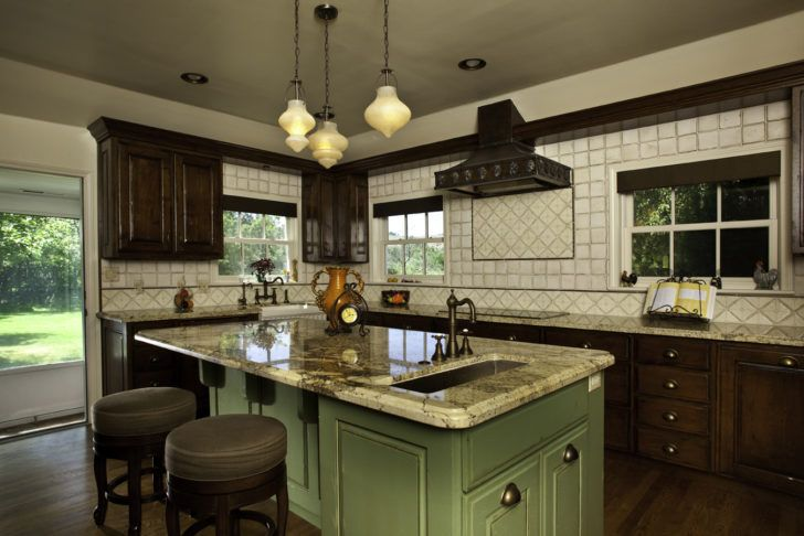 Kitchen Inspiring Vintage Kitchen Design With Amazing New Ideas Classic Vintage Kitchen Design Ideas With Nice Big Kitchen Island