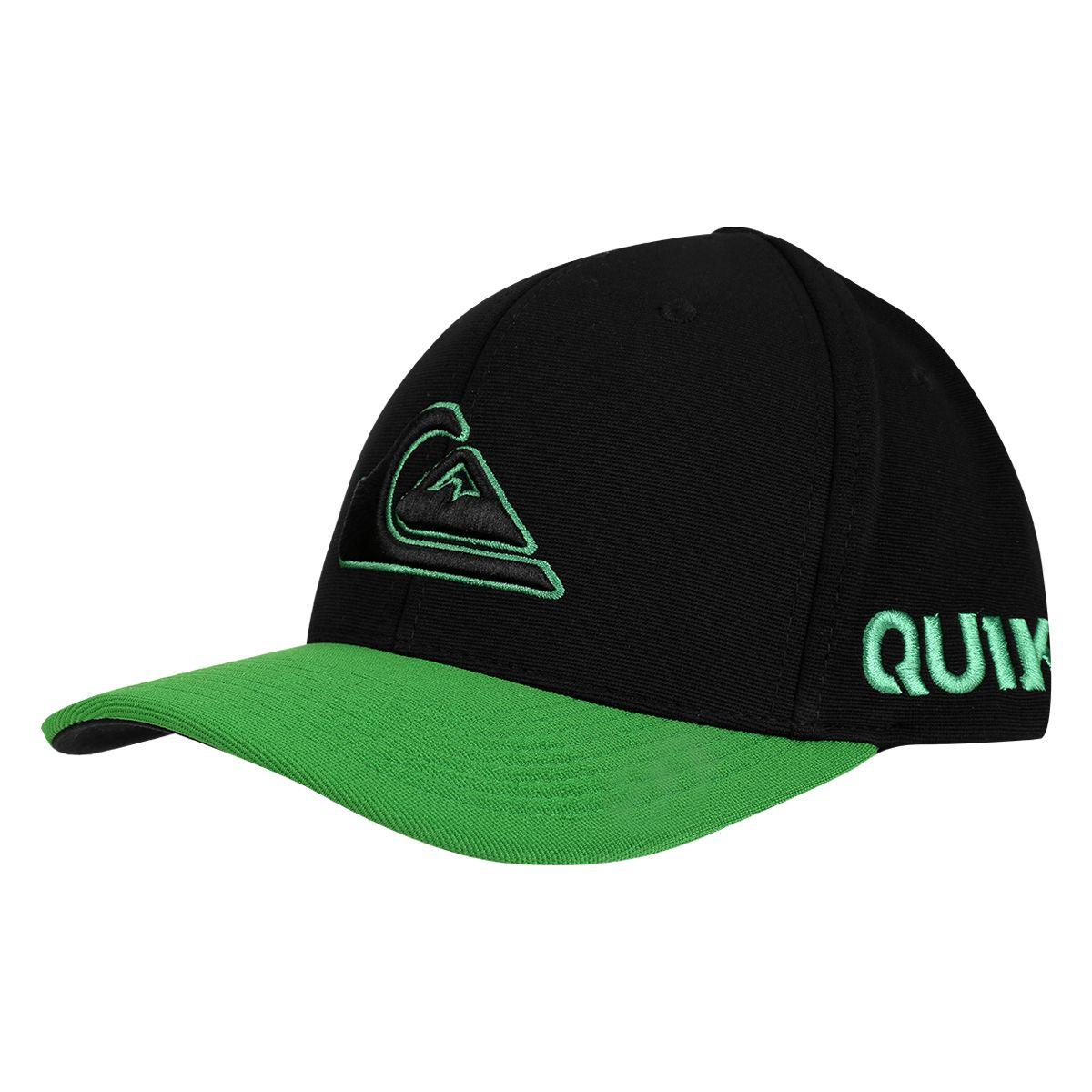 Aposte no Boné Quiksilver Hard Hitter 2 Preto e verde para finalizar a  produção com estilo e originalidade. Modelo com o icônico logo da marca d01c8df1a37