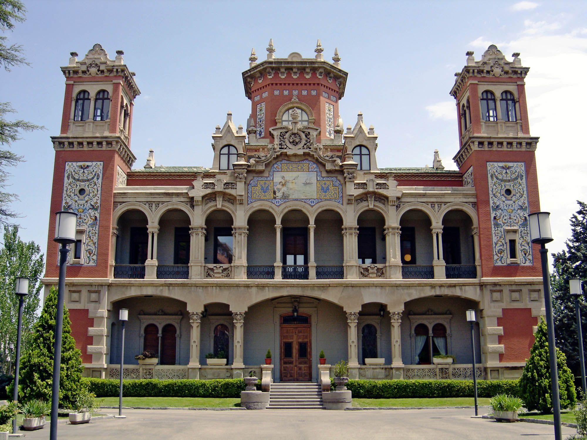 Palacio larrinaga en zaragoza spain paisajes lugares con encanto pinterest palacios el - Arquitectura en zaragoza ...
