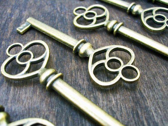 Skeleton Key Pendants Charms Silver Steampunk Key Charms BULK Skeleton Keys 25+
