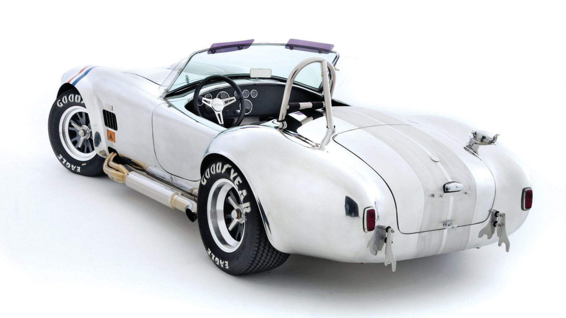 Shelby cobra replica by kirkham motorsports