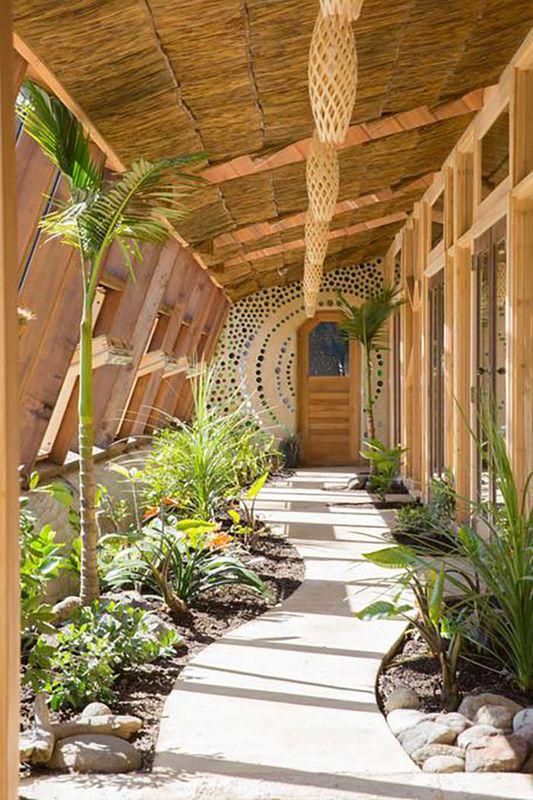 A la découverte d'un remarquable earthship en Nouvelle-Zélande | Build Green