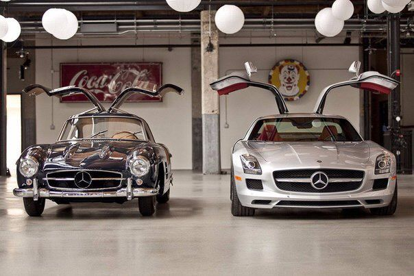 Mercedescomparing 1955 To 2011 The 1955 Mercedes Benz 300sl