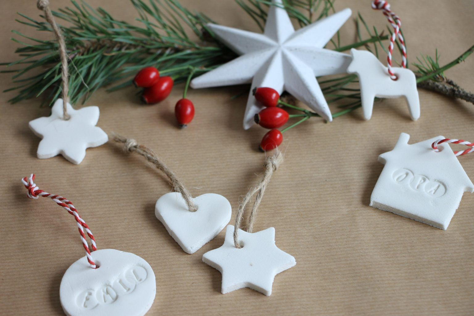 DIY: Kaltporzellan-Geschenkanhänger selber machen ...