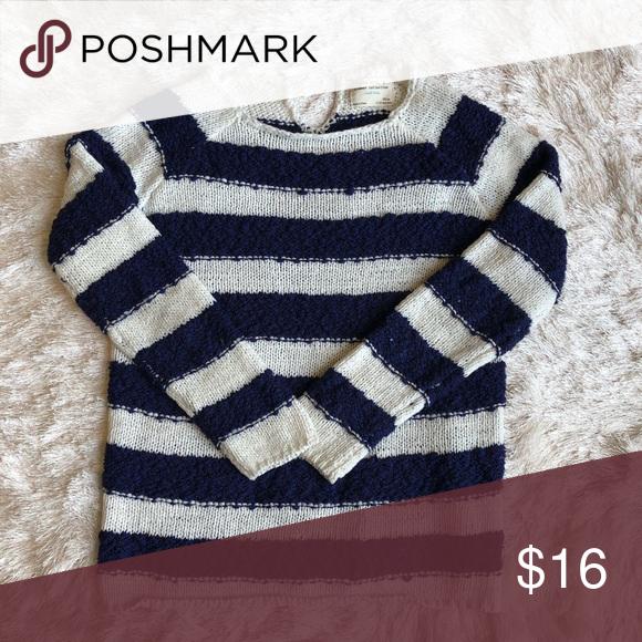 Zara sweater size 1112 EUC! Zara Shirts & Tops Sweaters