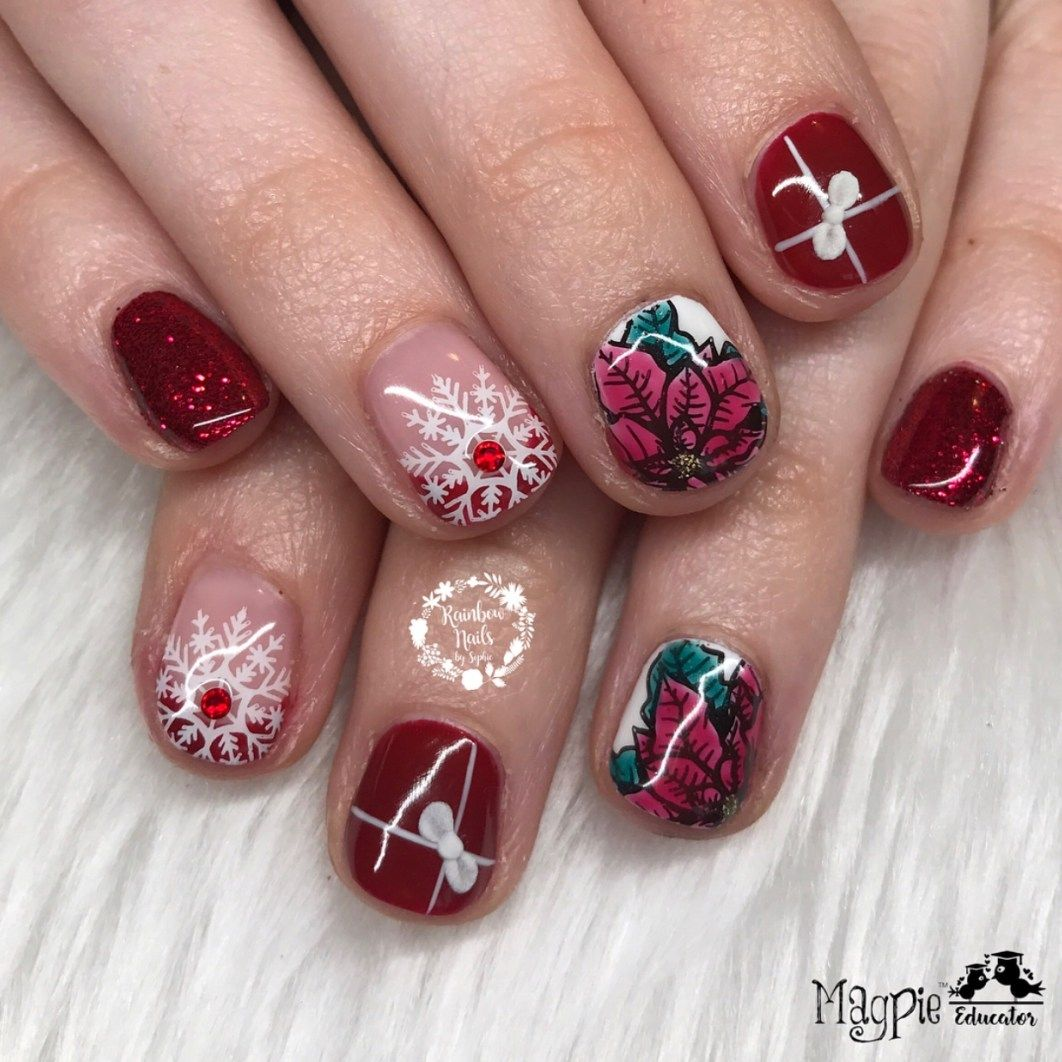 27 Holiday Nail Designs & Acrylic Nails for Winter
