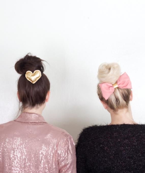 The Alison Show Flouncy NoSew Fun Bun Bow Tutorial Beautiful - Hairstyle bun with bow