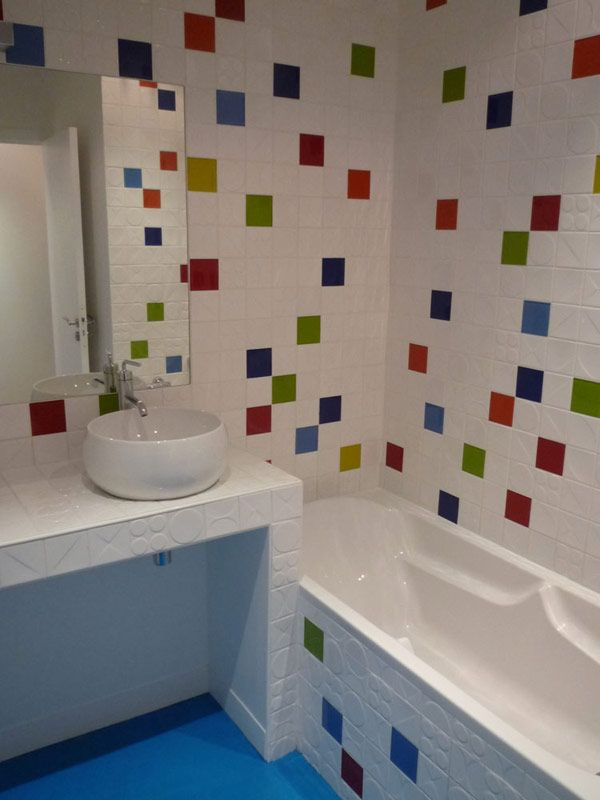 Loft garenne colombes salle de bain projet maison for Carrelage salle de bain enfant