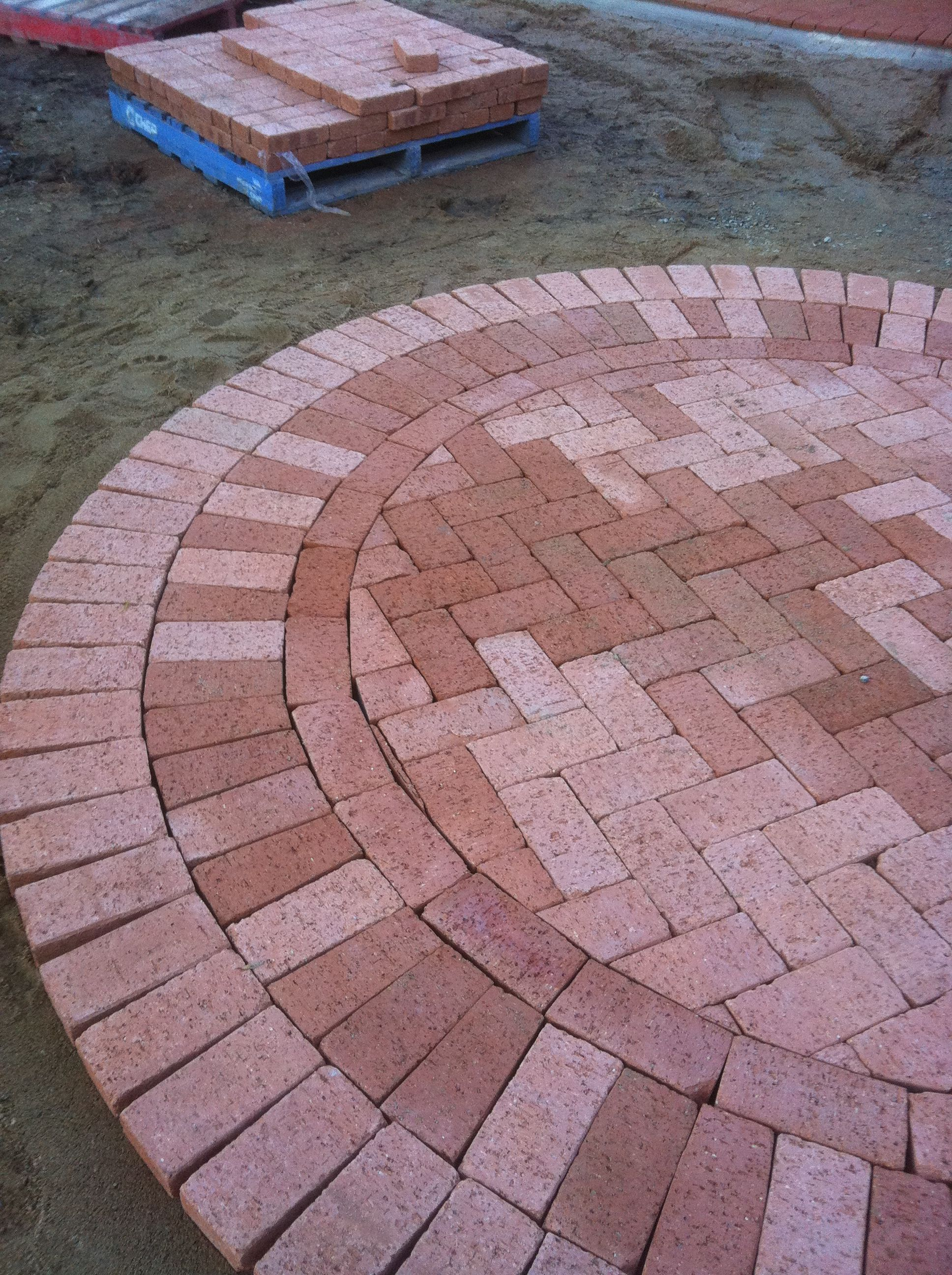 www pavingcanberra com paving front yard path and paved circle